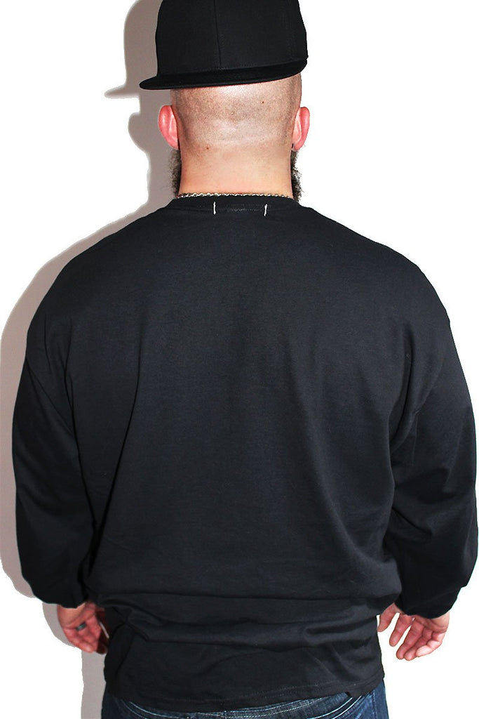 PLUS: Kinky Long Sleeve Tee-Black