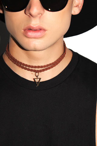 Geometric Braided Choker-Brown