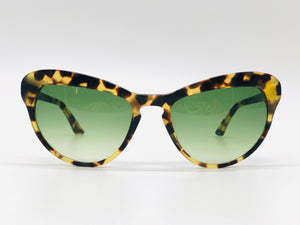 Oversized cat eye sunglasses Turtleshell