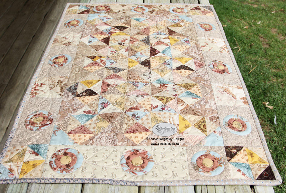 Aunt Bessy's Sparkle Runner | Pine Valley Quilts