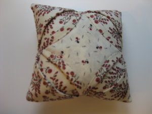 Cathedral Windows Pincushion/Pine Valley Quilts