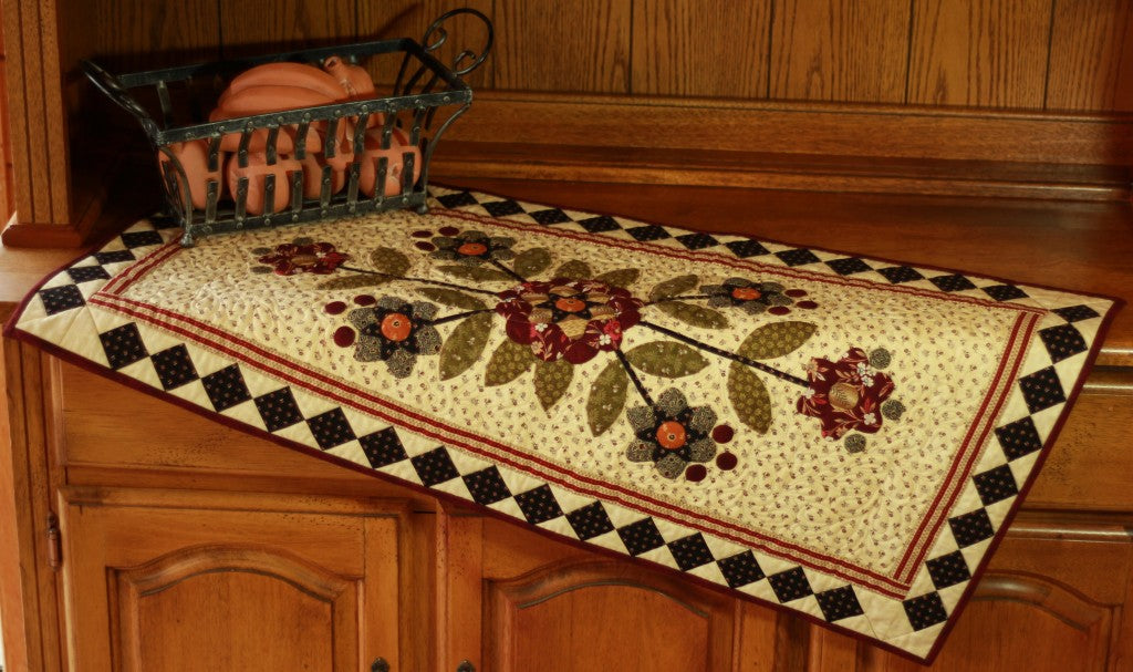 Star Flower Table Runner / Pine Valley Quilts