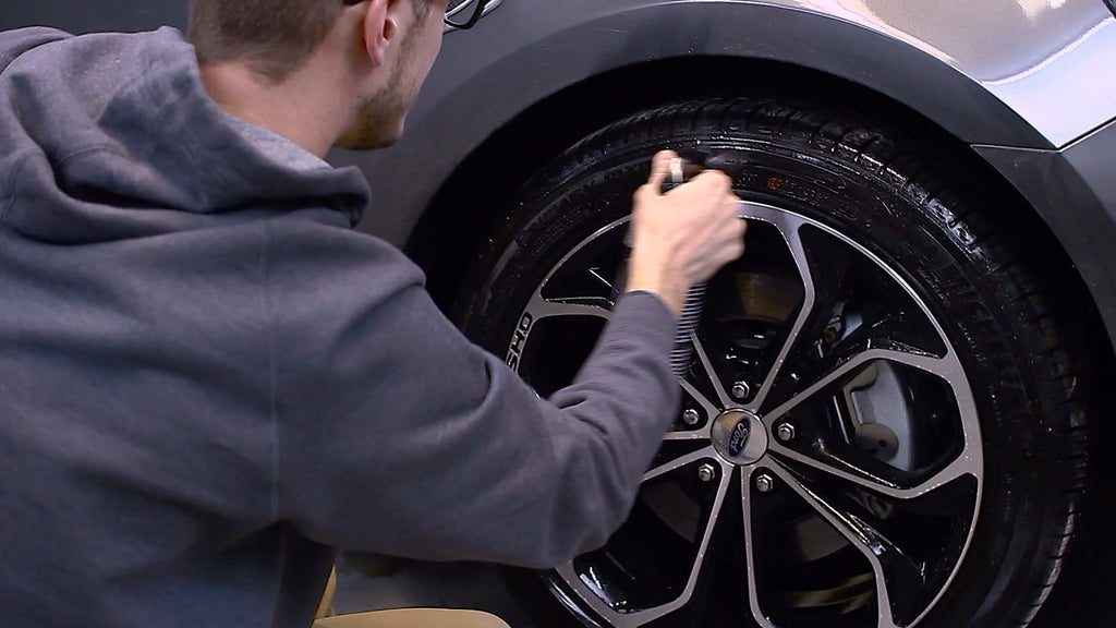 Exterior Detailing: Rims, Tires & Wheel Wells