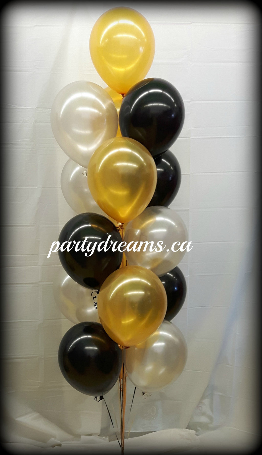 16 - Latex Balloon Bouquet