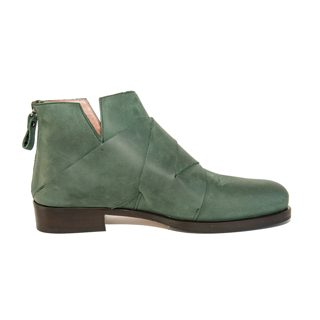 Quoque Leather Woven Ankle Boots in Forest Green - GL Shops