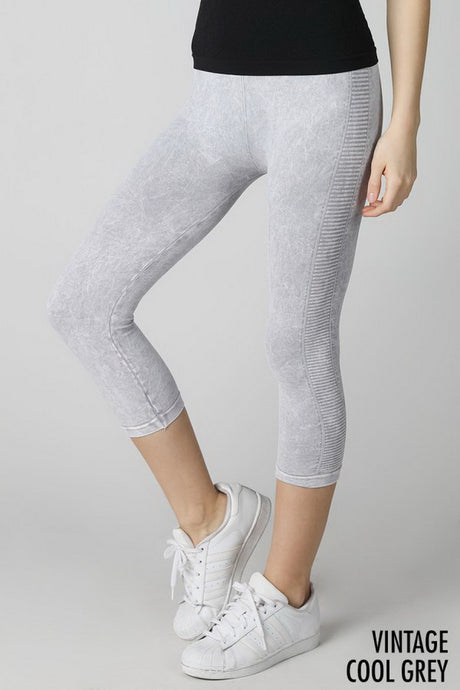 Grey Vintage Ladder Capri Leggings