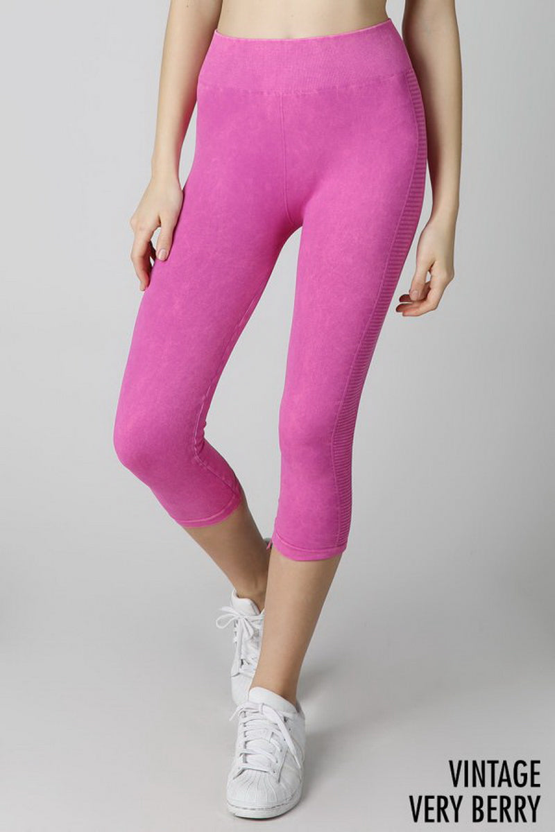 Magenta Vintage Ladder Capri Leggings