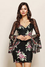 Dramatic Bell Sleeves Lace Floral Bodycon Dress