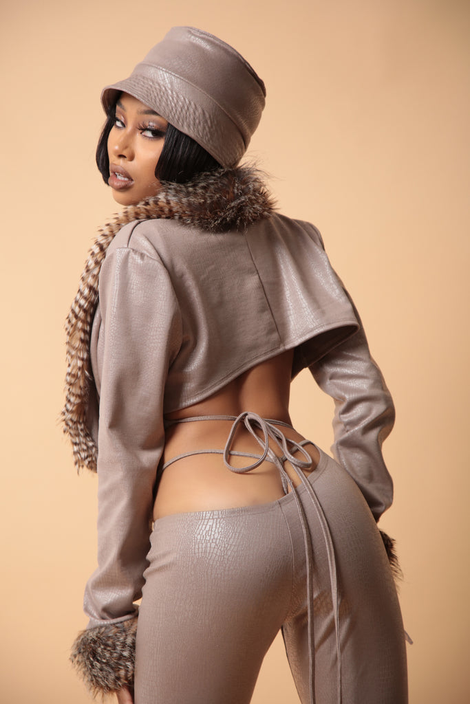 The SWV Full Body In Taupe