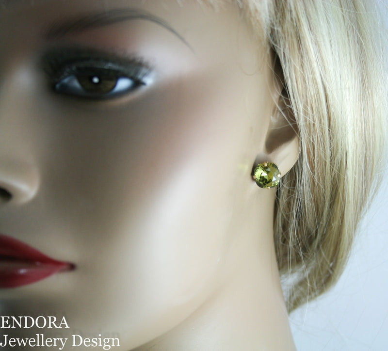 Swarovski khaki 10mm cushion cut