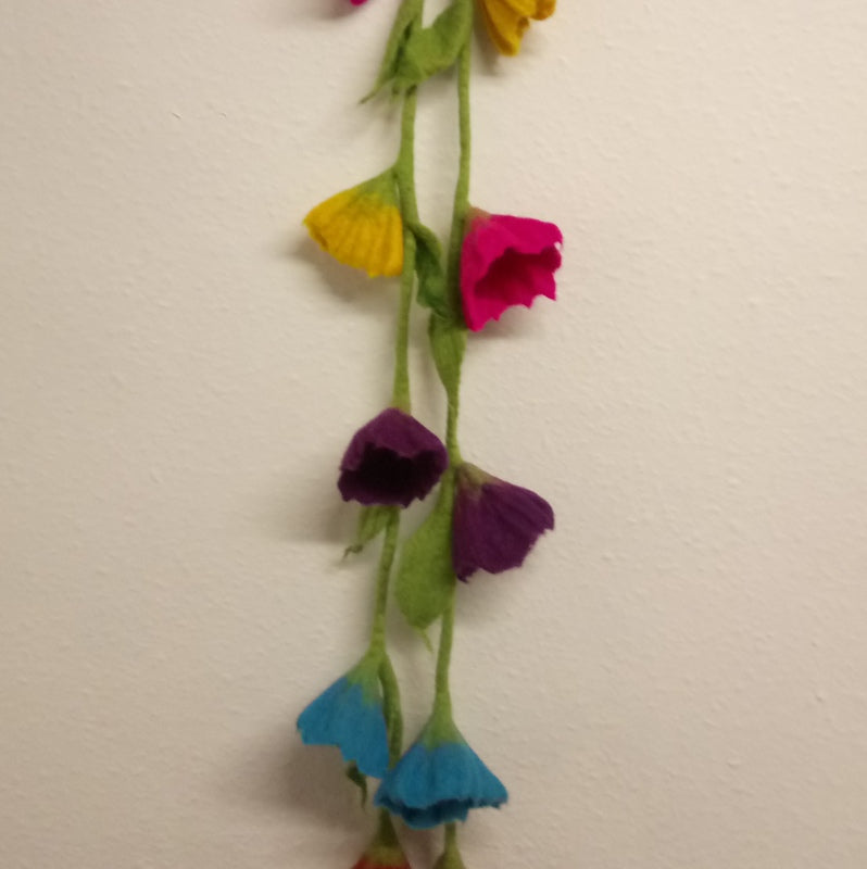 Felt Flower Garland (mixed colours)