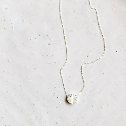 Mea necklace | silver + white