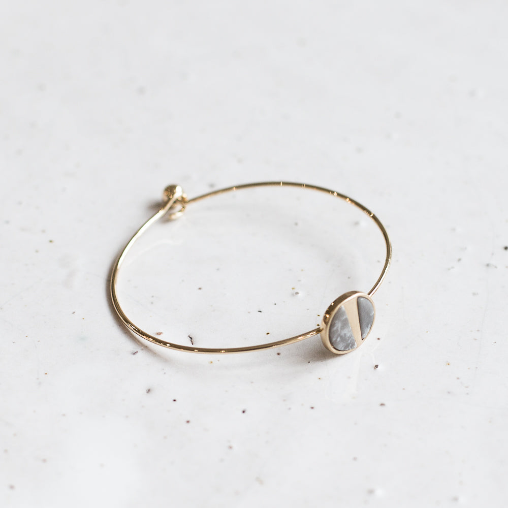Mea bracelet | gold + grey
