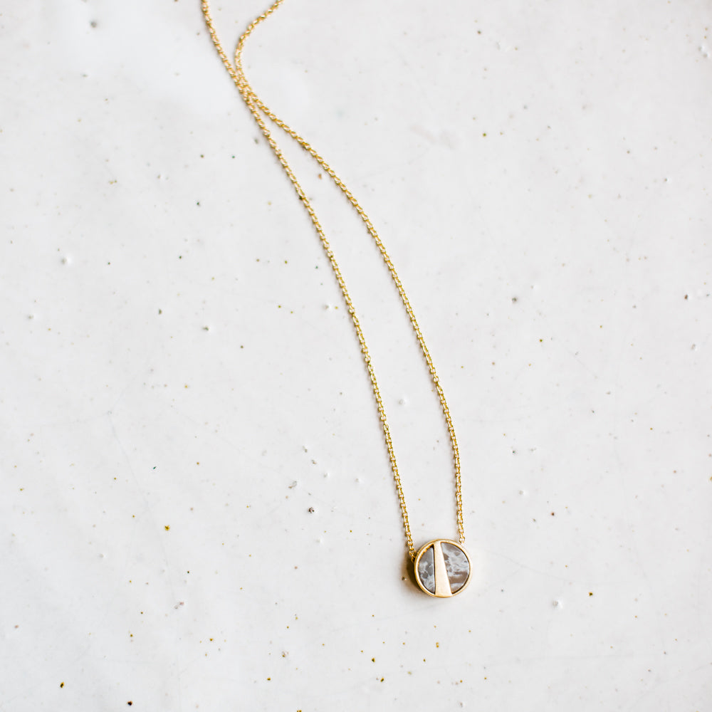 Mea necklace | gold + grey
