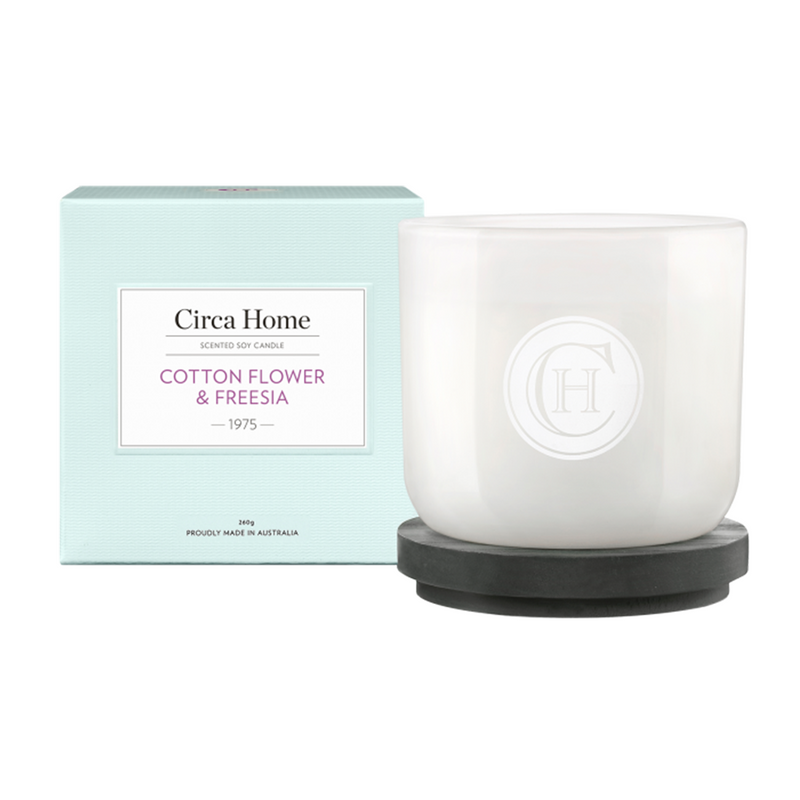 Cotton Flower & Freesia Candle - 260g