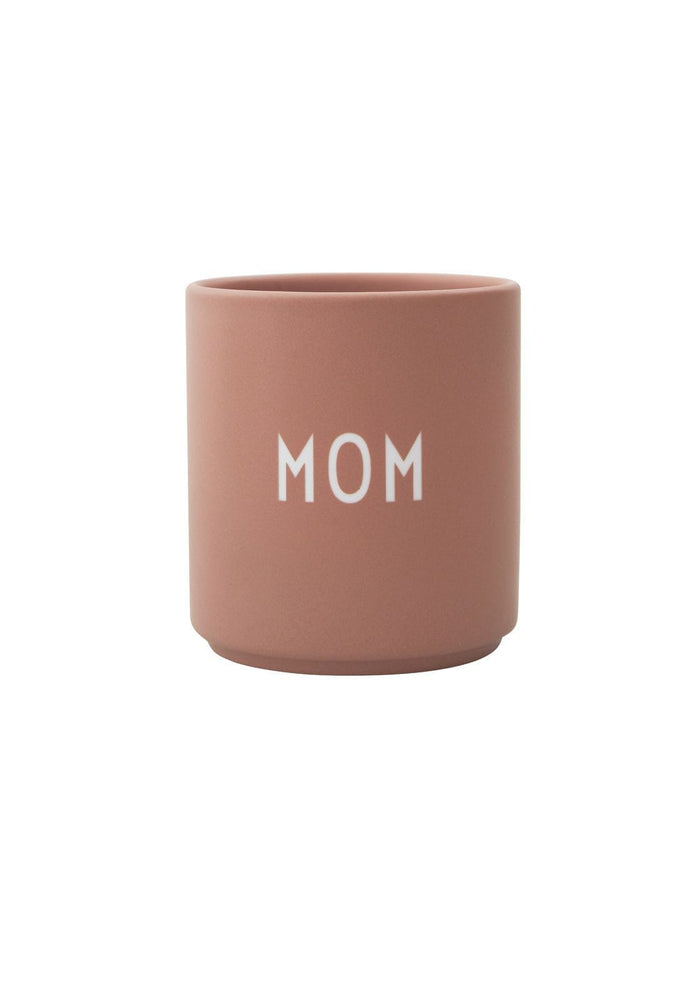 DESIGN LETTERS Favourite cups MOM, nude
