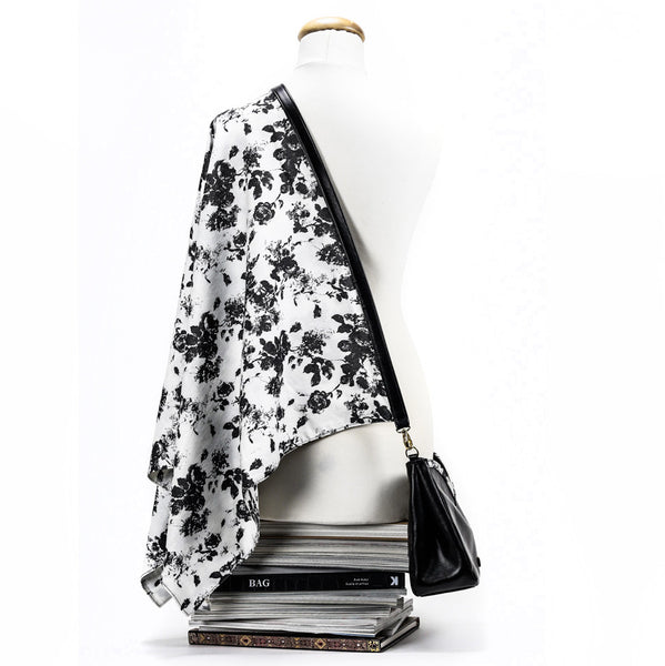 HEMERA [hɛːméra] Poncho-Bag | Black Rose Graffiti