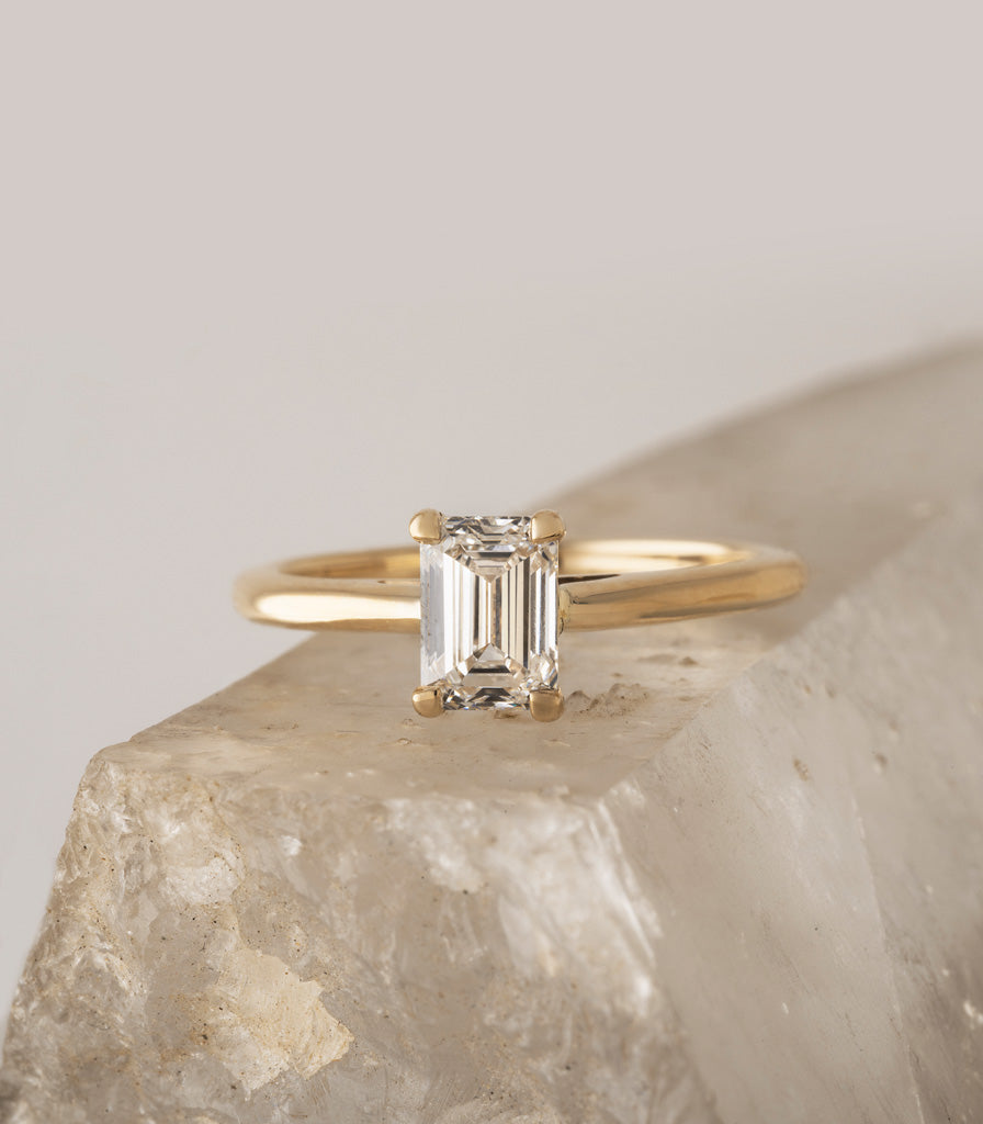Freya Ring - Emerald-Cut Diamond