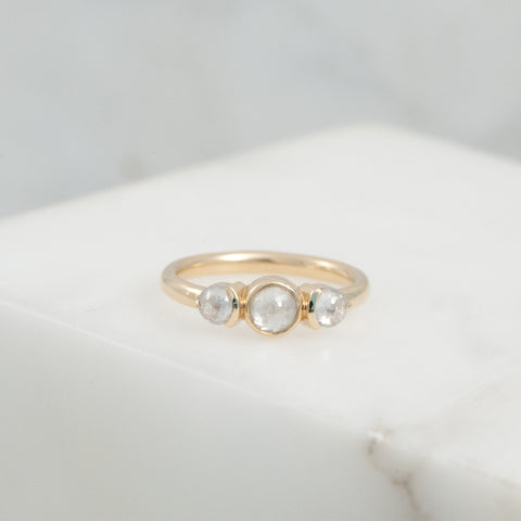 HUNTER RING - ROUND GREY Rosecut DIAMOND