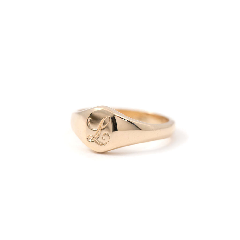 Oval Signet Ring - Small