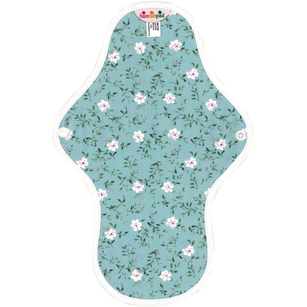3. Medium Cloth Pad (27cm)