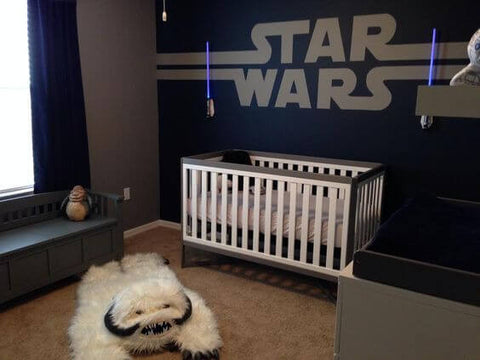 Whatu0027s More Recognizable Than The Classic Star Wars Logo? This Dad Used All  The Classic Props From The Film To Create This Cool Space U2013 Light Sabers,  R2D2, ...