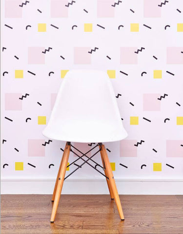This Wallpaper Looks Like Something Straight Out Of Saved By The Bell Which Is Why We Love It A Cool Piece Funky Nostalgia That Comes In Pink Or Blue
