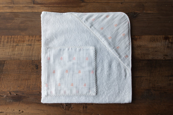 Bear muslin hooded baby towel & wash cloth set - Pétale Pink