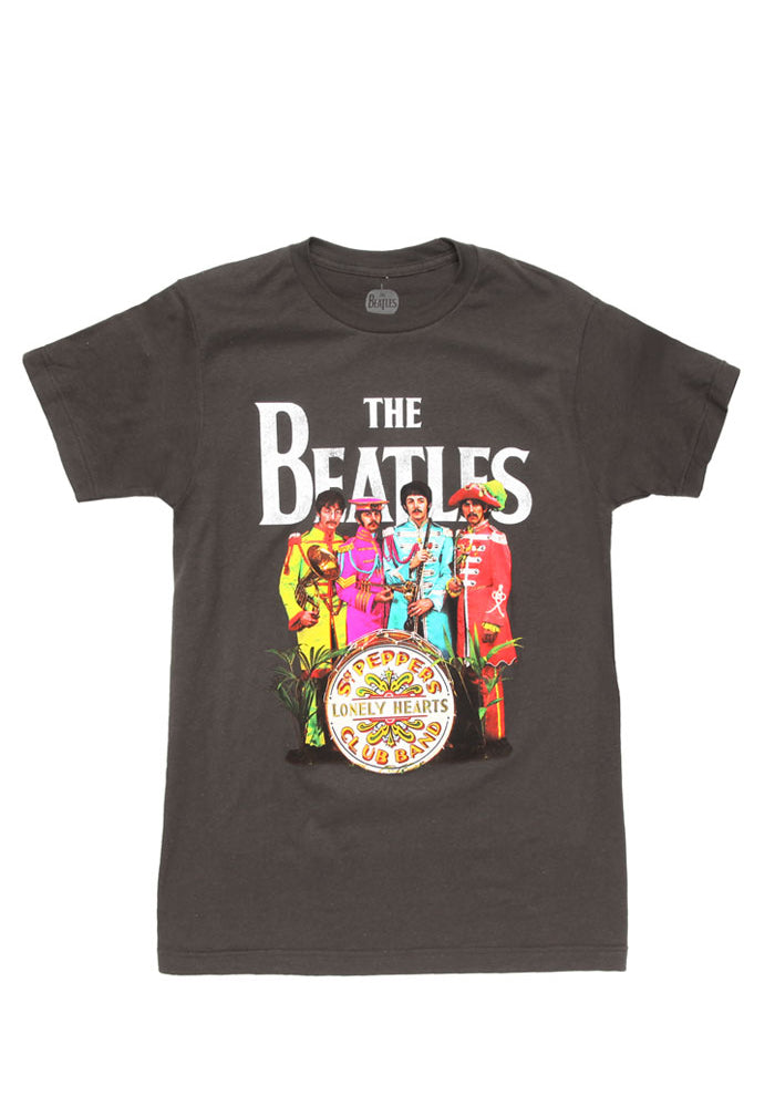THE BEATLES Sgt. Pepper's Lonely Hearts Club Band Group T-Shirt