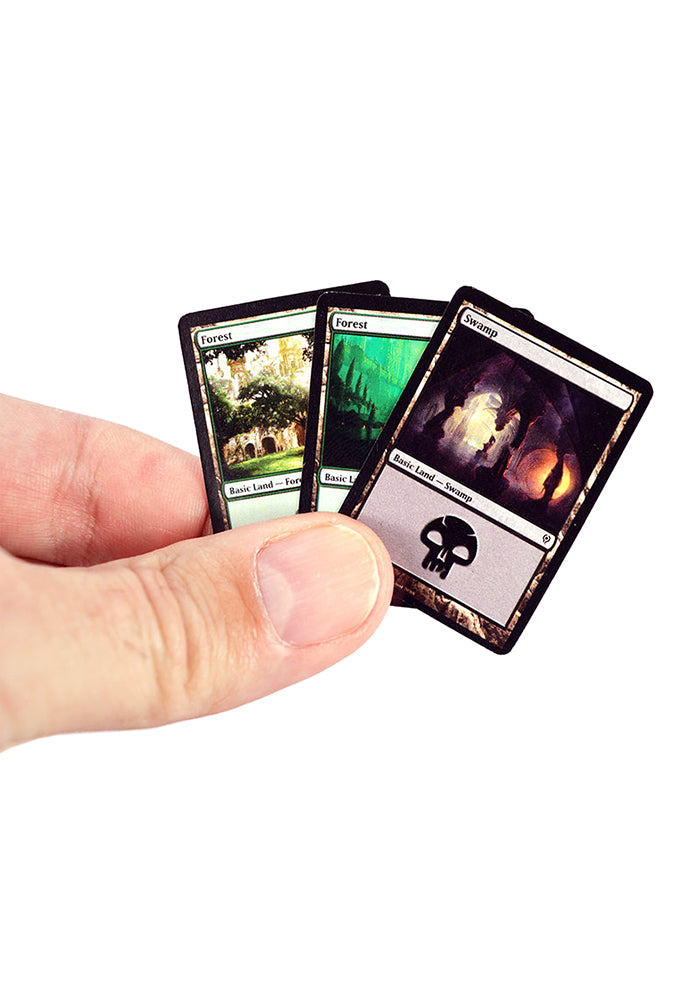 MAGIC: THE GATHERING World's Smallest Magic The Gathering: Jace vs. Vraska Duel Decks Card Game