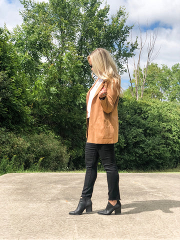 Work Day Suede Jacket - Camel