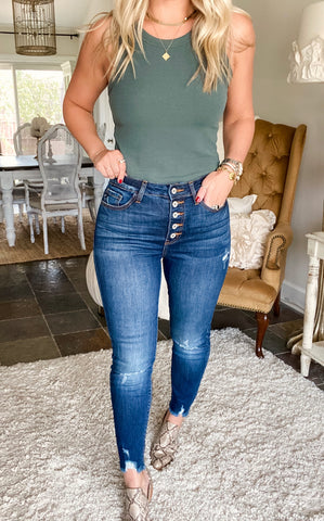 High Rise Classic Skinny - Dark Wash