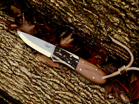 Bison Bushcraft Neck knife