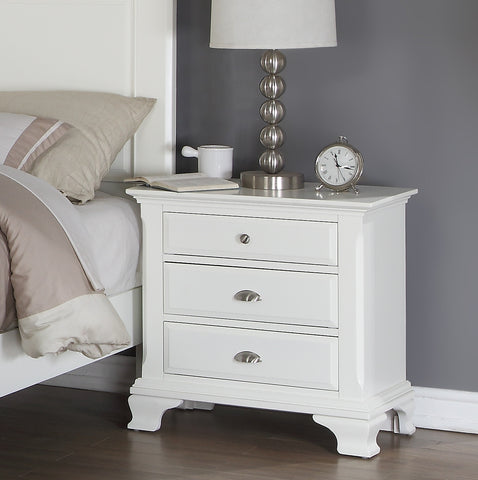 Laveno 012 White Wood Bedroom Furniture Set, Includes King Bed, Dresser,  Mirror, 2 Night Stands and Chest