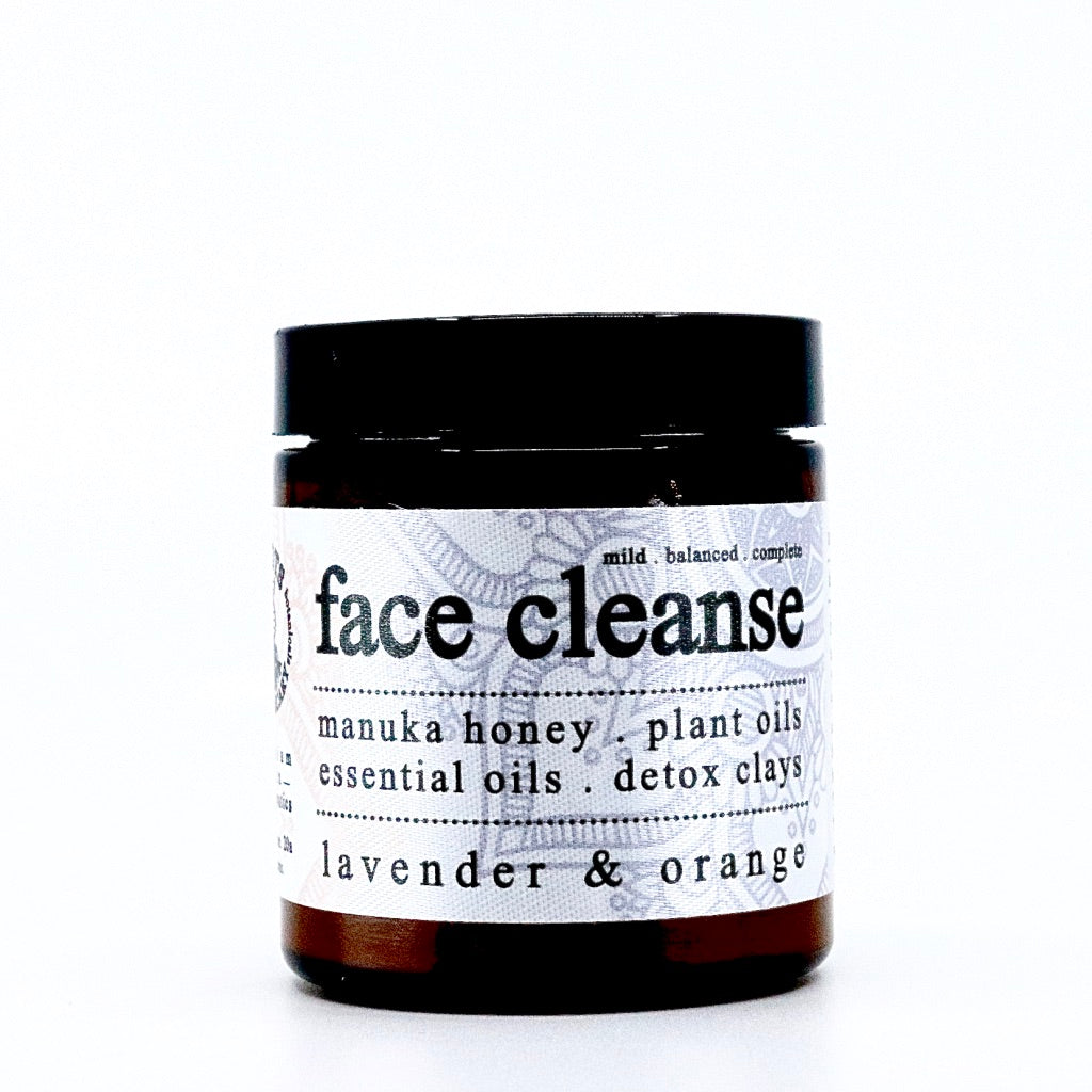 organic face cleanse. manuka honey. natural ingredients. organic ingredients.