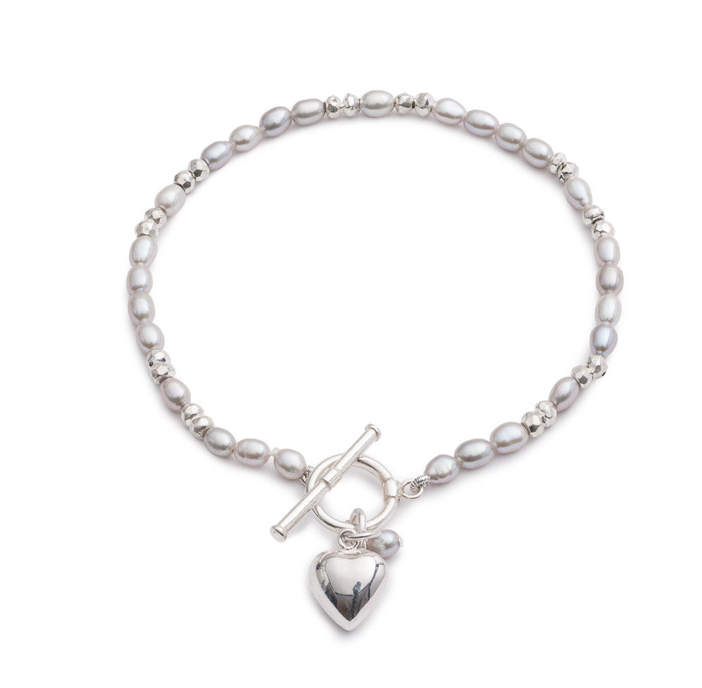 Grey cultured freshwater pearl bracelet with silver beads and a heart charm