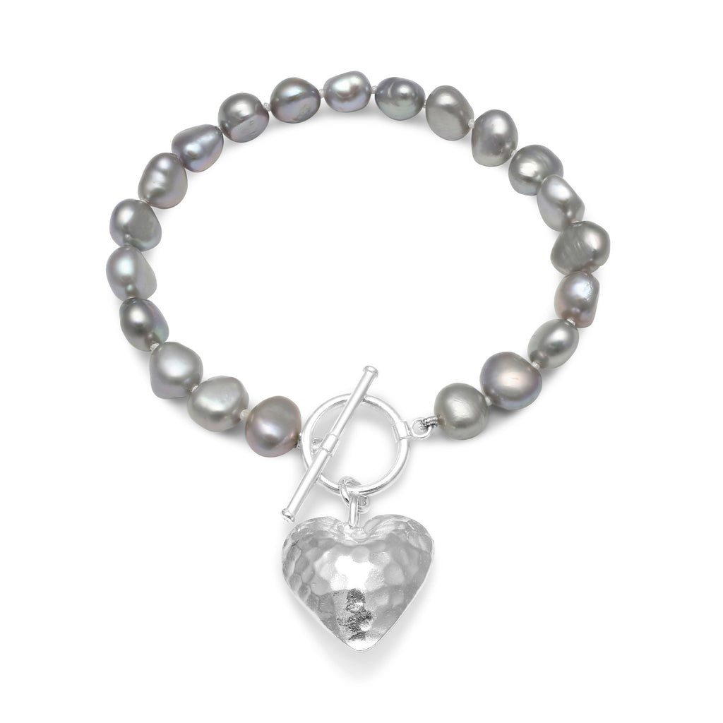 Silver grey cultured freshwater pearl bracelet with silver hammered heart pendant