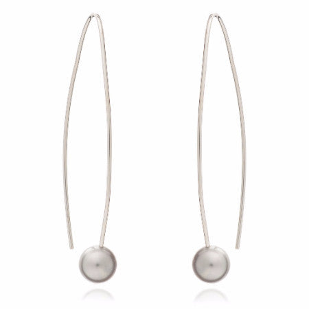 Credo long silver earrings with grey cultured freshwater pearls
