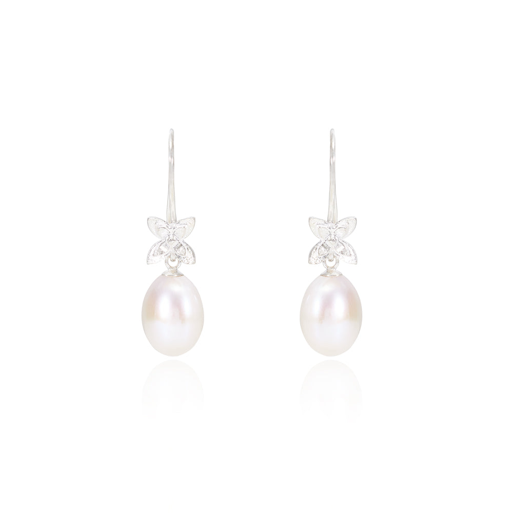 Cultured freshwater pearl drop silver flower earrings