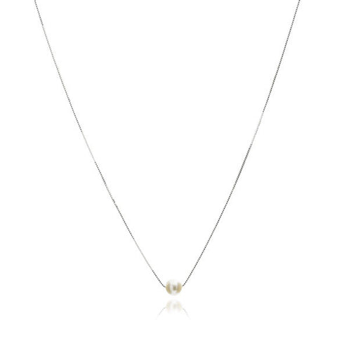 Single strand sterling silver chain with central white cultured freshwater pearl