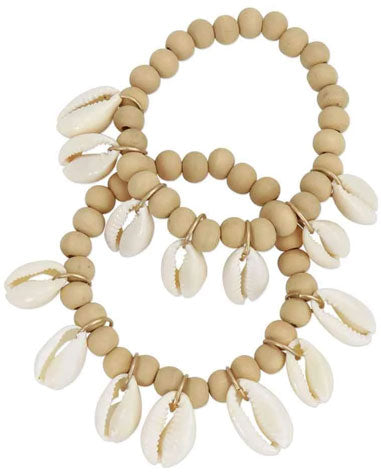 Cute, summer shell bracelet accessory