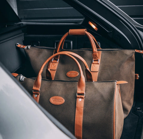 Nicholas Winter Leather Holdall