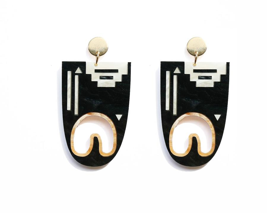 Leru Earrings Black