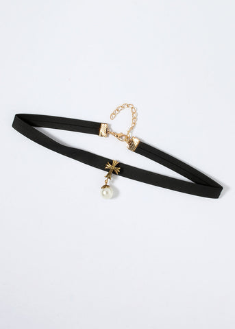 Pearl Dangle Choker