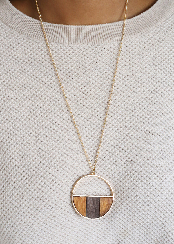 Large Circle Pendant Chain Necklace