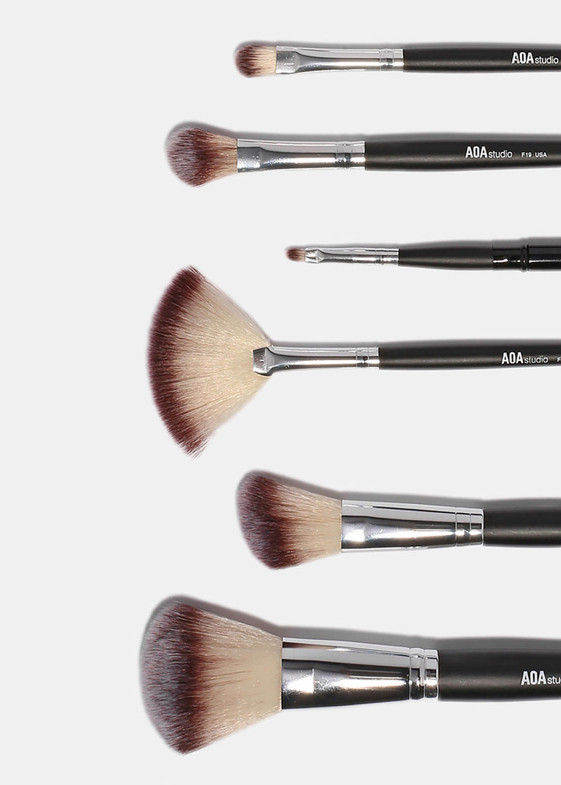 AOA Essential 24-Piece Brush Set