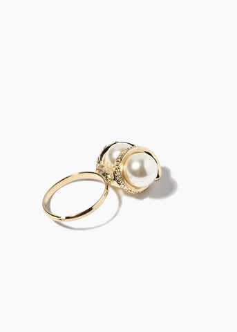 Double Pearl Swirl Ring