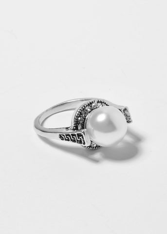 High-Set Pearl Ring