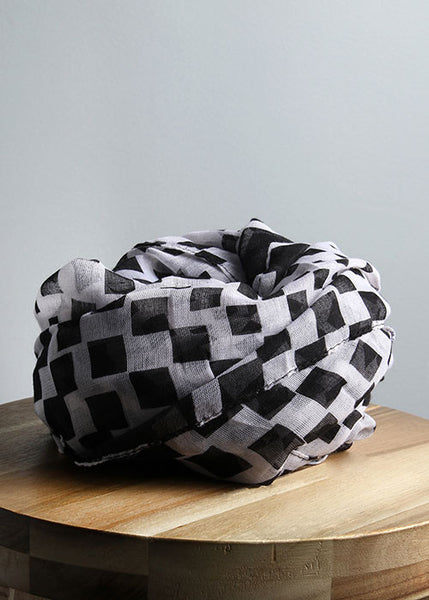 Checker Print Scarf- Black/White
