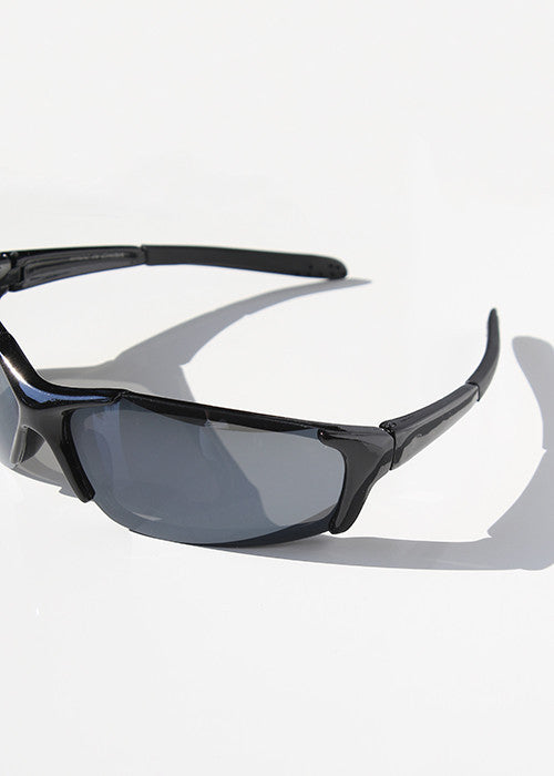Sporty & Sleek Sunglasses- Black
